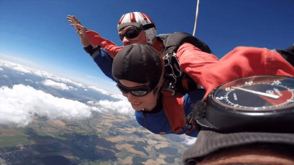 Fallschirm springen als Tandem